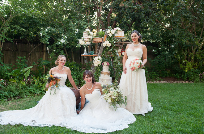 Real Weddings Magazine | Shoop's Photography | Bouquet (middle) by Visual Impact Design