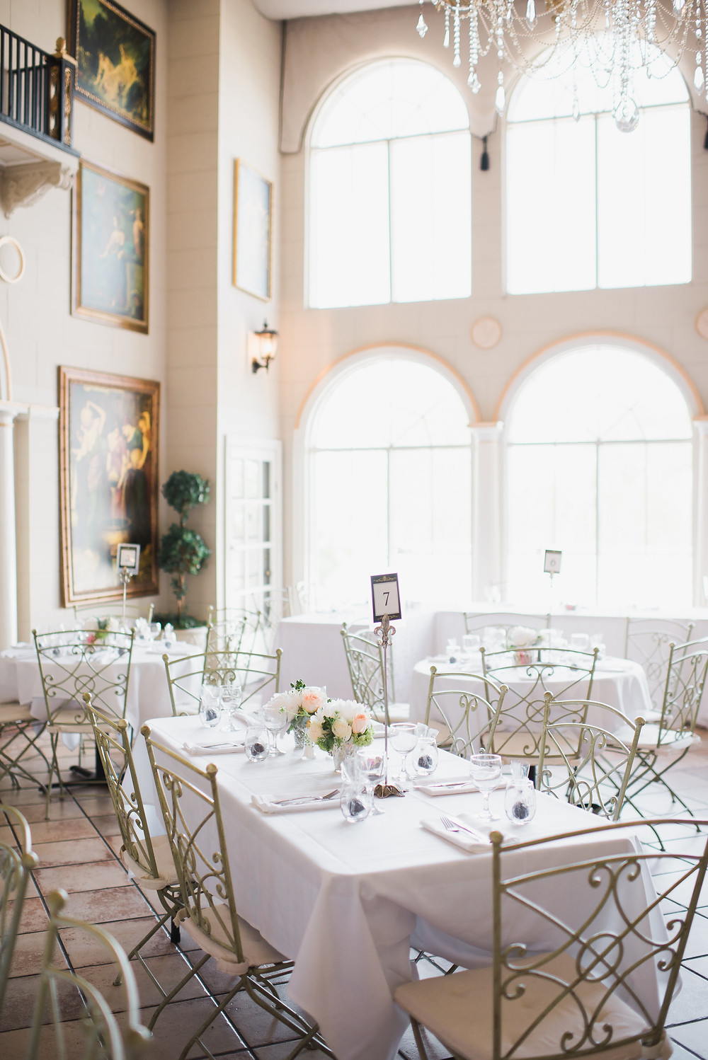 Grand Island Mansion reception | Visual Impact Design wedding flowers | Custock Photography