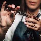 cutting-hair-in-beauty-salon-BZKB2RT.jpg