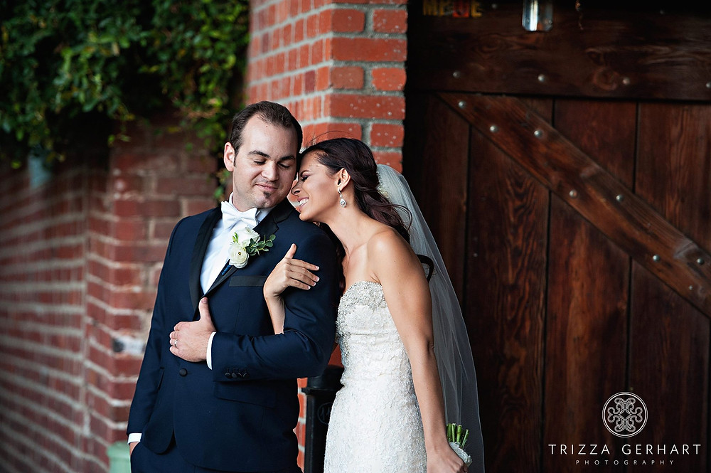 Bouquet and Boutonniere by Visual Impact Design | Trizza Gerhart Photography | Old Sacramento