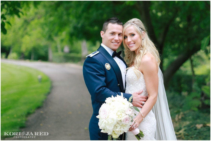 Pink blush and ivory bouquet by Visual Impact Design | Kori & Jared Photography