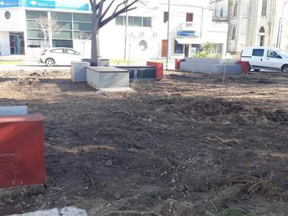 CONTINÚA LA REMODELACIÓN DE PLAZA LIBERTAD