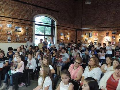 Presentación de los talleres de guitarra, violín , piano y fotografía.