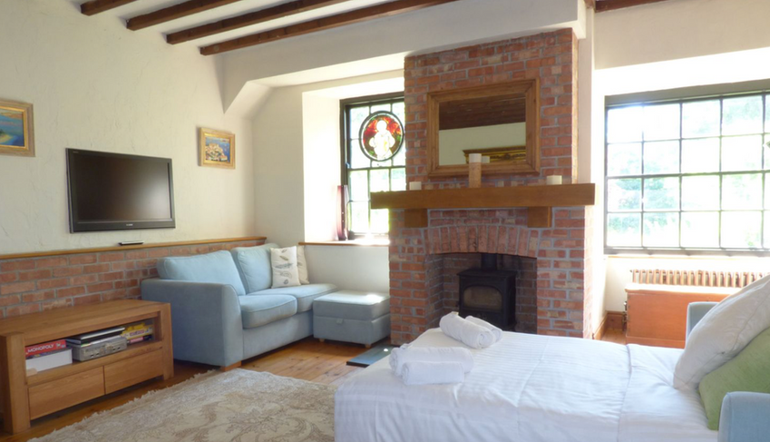 Coach House Living Room with Two Double Sofa Beds