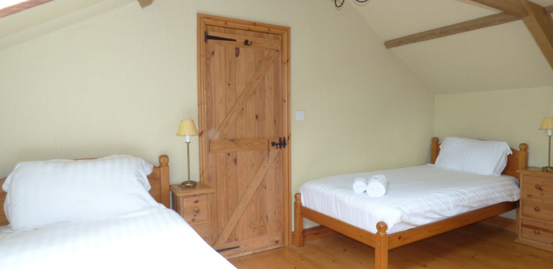 Meadow Cottage Twin Bedroom