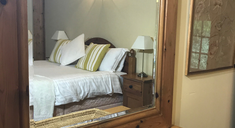 King Size Cosy Bedroom