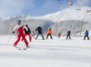 """Kurz """"C"""" pre inštruktorov lyžovania - úvod do základov výuky detí a začiatočníkov"""