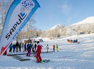 """Duálny kurz """"C"""" pre inštruktorov lyžovania a snowboardingu - úvod do základov výuky detí a začiatočníkov"""