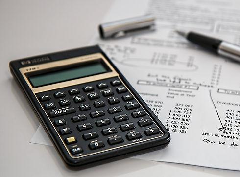 calculator-385506_1920_edited.jpg