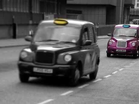 taxi-314176.jpg