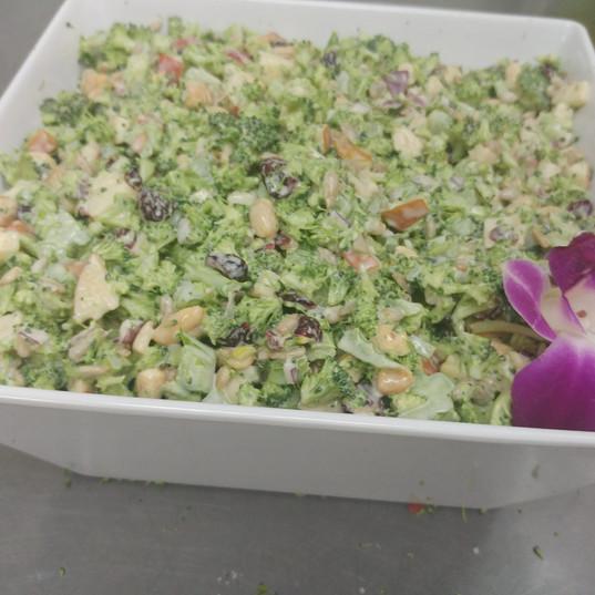 broccoli salad (2).jpg