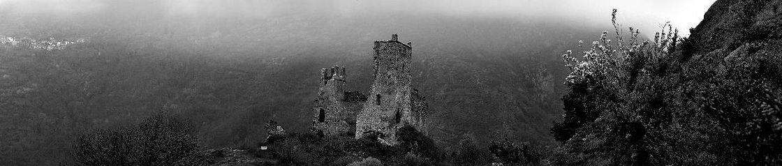 photo chateau de Miglos