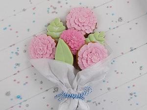 Pink Biscuit Bouquet