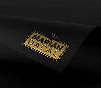 Black Folio Marian Dacal.jpg