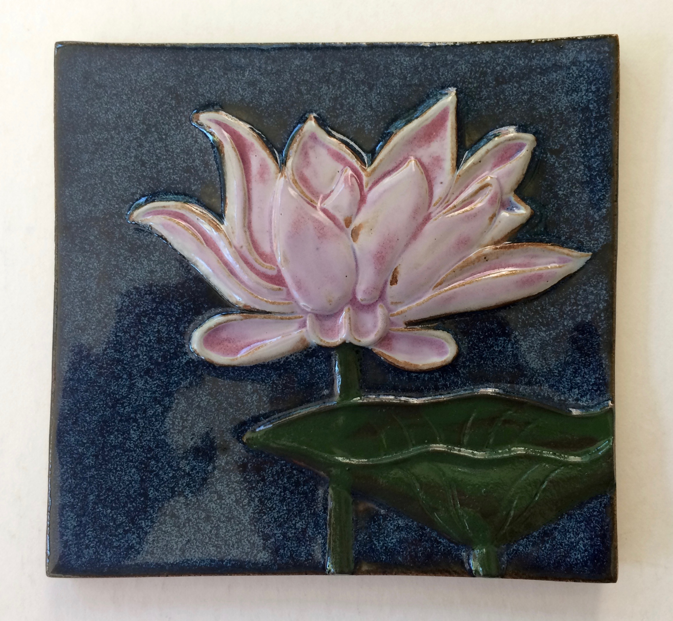 Large Lotus Tile