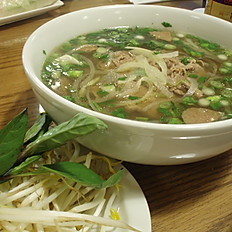 N1. Big Bowl Noodle Soup (Pho)