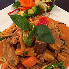 T14. Pineapple Roasted Duck Curry