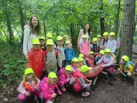 Výlet třídy Kuřátko k lesní stezce Vyhlídka