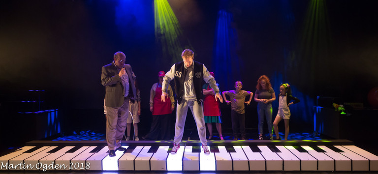 Piano | Pados Theatre | Big The Musical