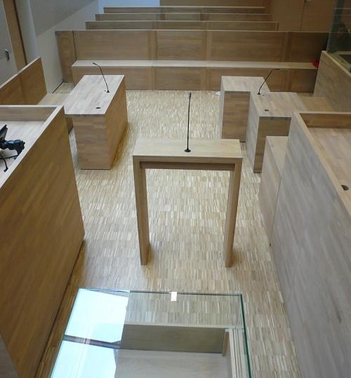 Mobilier Bois Design_Agencement tribunal