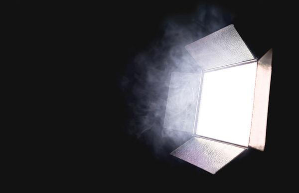 カメラの照明