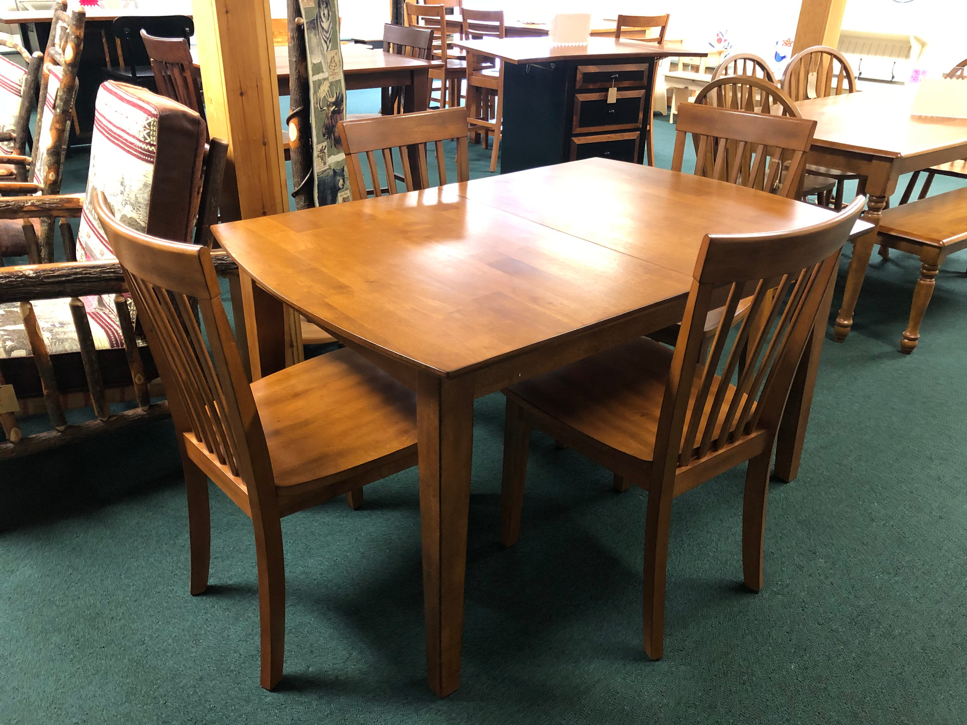 Solid Hardwood Butterfly Leaf Table w/ 6 Chairs