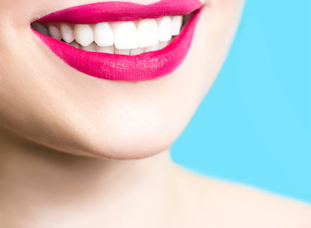 HOW TO WHITEN YOUR TEETH WITH THE EXPERTS