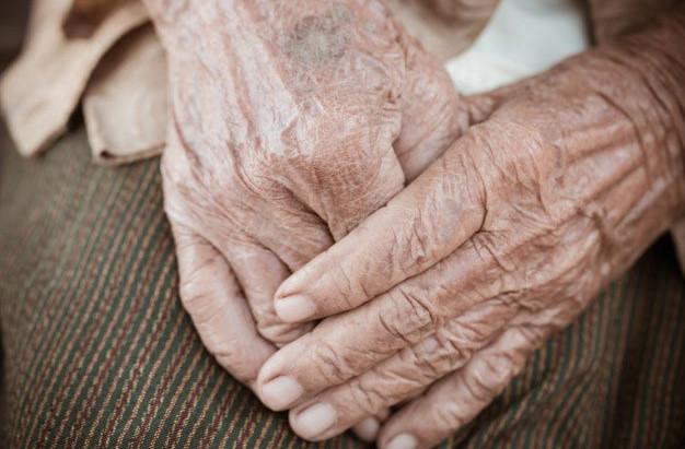 Concessão de benefício de pensão por morte a idoso de 91 anos.