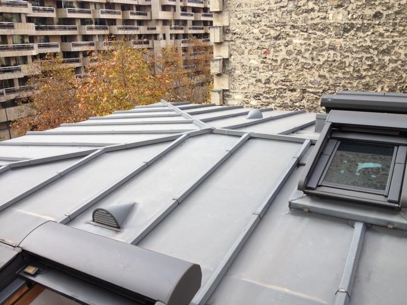 Rénovation d'une toiture en zinc à Paris