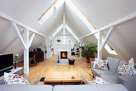 L' aménagement de combles vous permettra de créer dans votre maison de l'espace supplémentaire et de gagner en confort de vie.