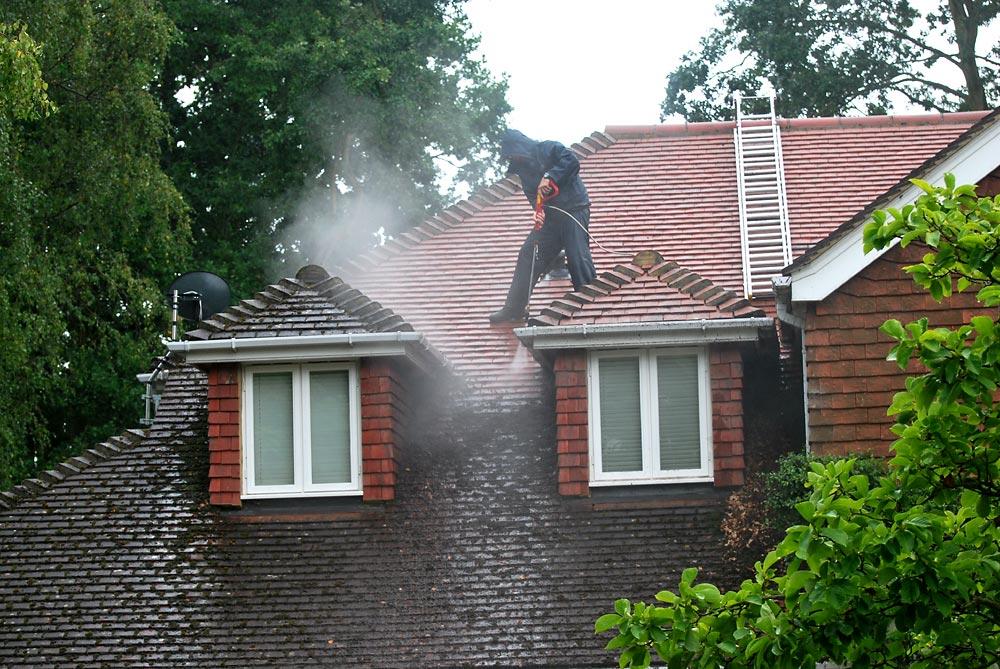Nettoyage toiture Orsay,.jpg