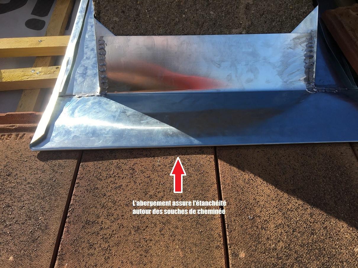 Étanchéité d'un pied de cheminée.jpg