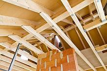 Charpente industrielle : Construction de charpente neuve en bois - Remplacement de charpente  - Prix charpente interessant