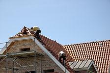 Couvreur Les Ulis 91940 : Entreprise de couverture RGE - Rénovation de toiture (Tuile, ardoise, zinc) - Nettoyage de toiture - Isolation de toiture - Traitement de charpente - Ravalement - Isolation de combles - Prix intéressant - Devis gratuit