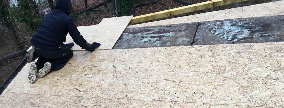 Rénovation d'une toiture en shingle : Pendant les travaux de réfection