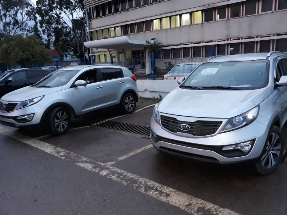 Gabon, Korean Used car,  DEUXAXE