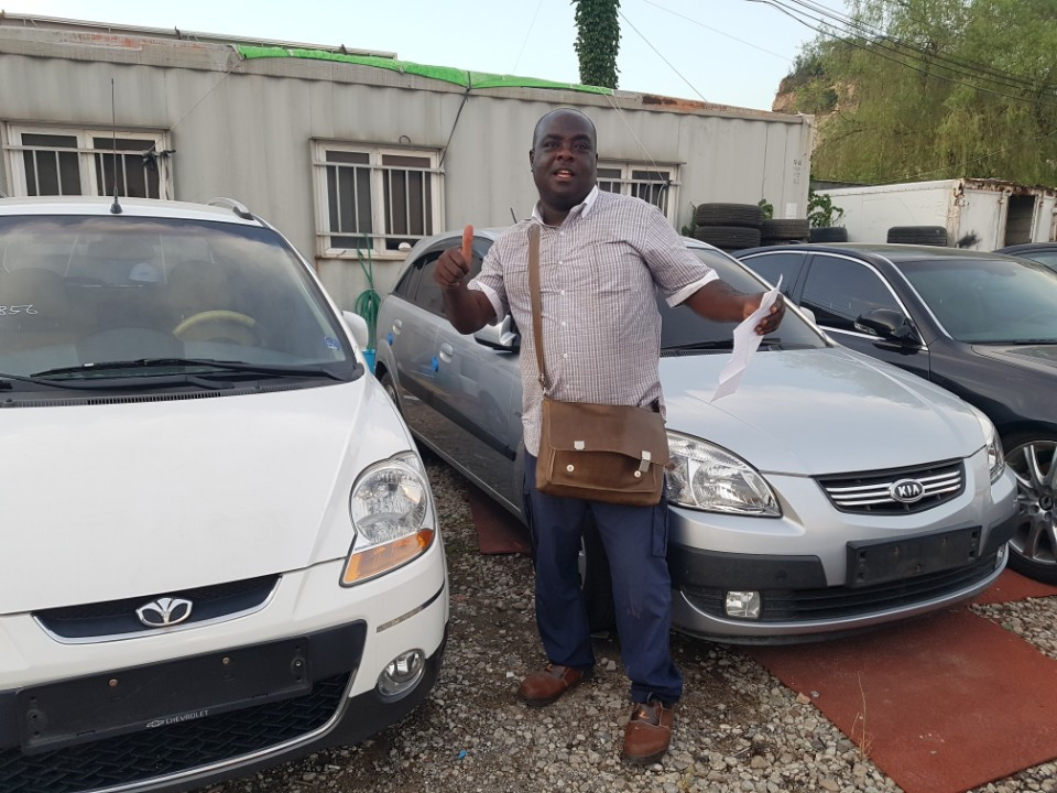 Ghana, Korean used car. GM Matiz, Kia Pride