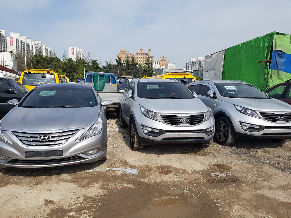 Hyundai Sonata, Kia Sportage, to Gabon