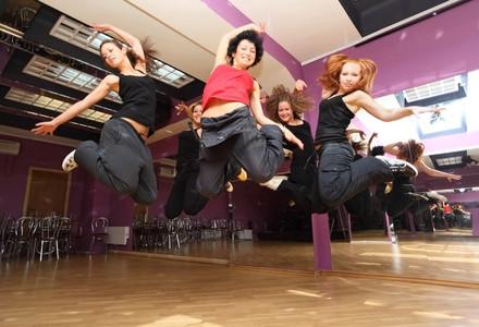 Tanz mit uns - LATIN DANCE Part 1