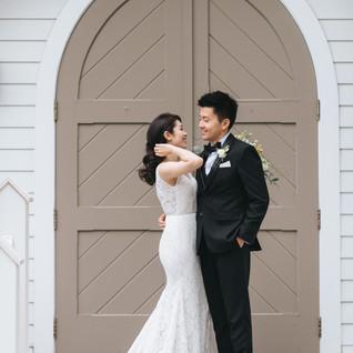 doctors-house-wedding-wooden-chapel.jpg