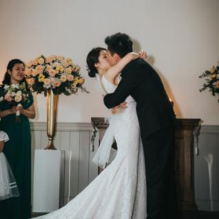 doctors-house-chapel-wedding-kiss.jpg