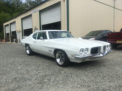 1970 T37 Pontiac