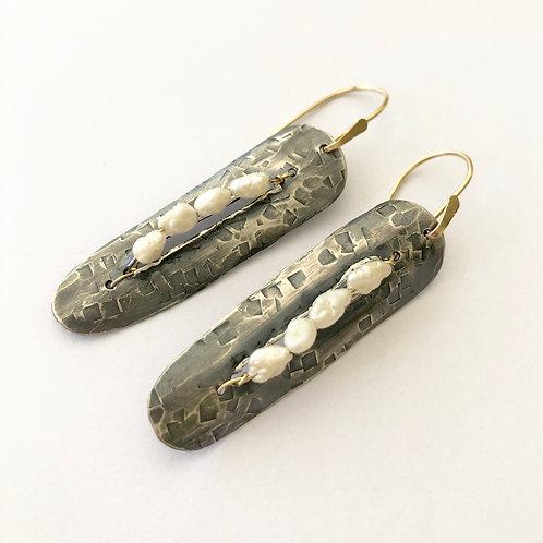 Pearl Plank Earring
