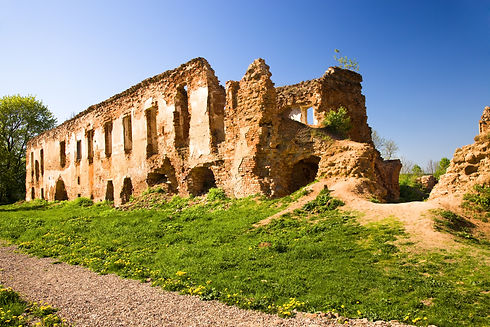 fortress-ruins-photographed-territory-re