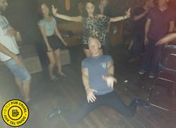 d- tlv pub crawl