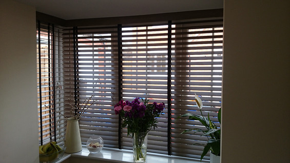 Timber Venetian - Corner Window