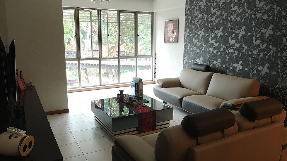 Molek Pine 2 Luxurious Condominium
