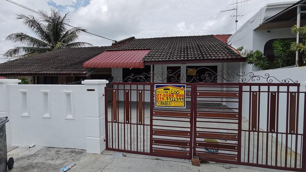 Jalan Bentara @ Taman Ungku Tun Aminah