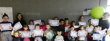 les-enfants-ont-appris-l-astronomie-au-c