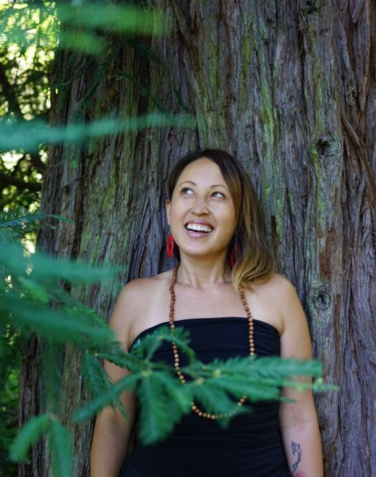 Nicolette Tura_wikihow image.jpg